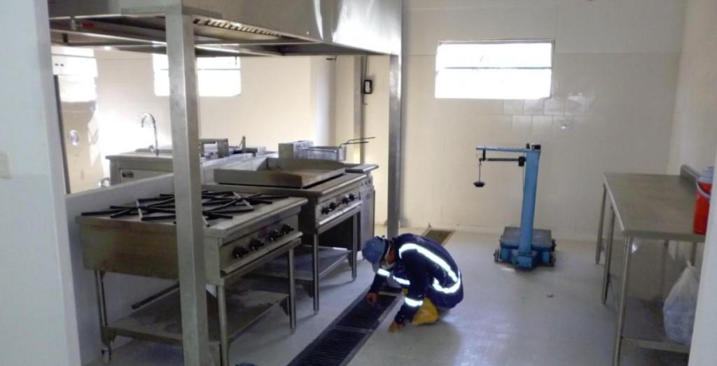 instalando una cocina caliente
